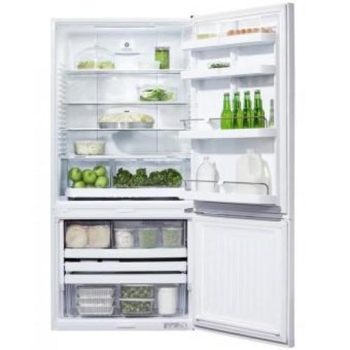 Fisher & Paykel E522BRE4 534 liter two-door Bottom-Freezer Refrigerator